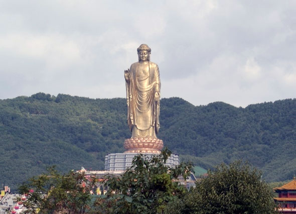 Highest Notable Statues around the World